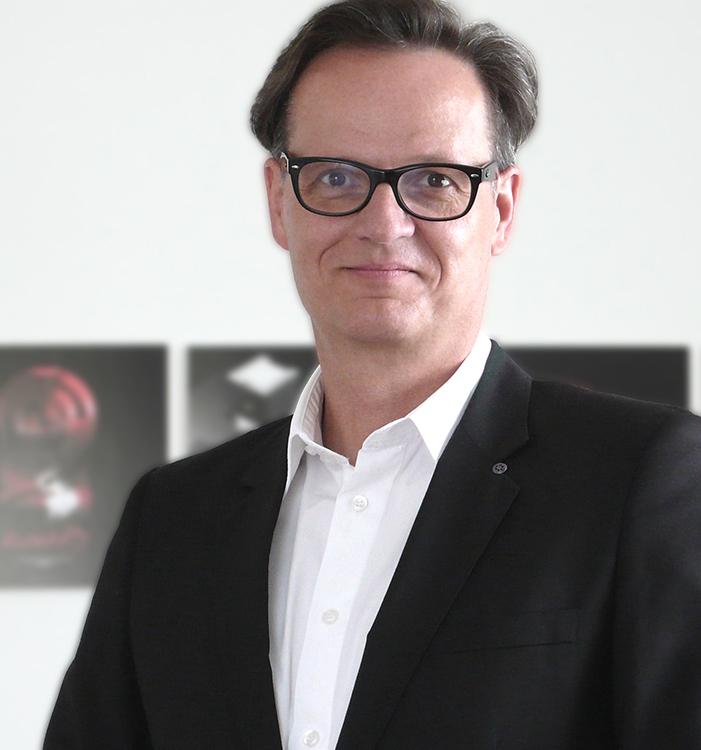 Portrait-Rolf Hering_rg